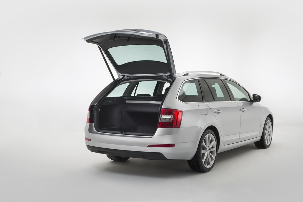 skoda octavia combi vag. Black Bedroom Furniture Sets. Home Design Ideas