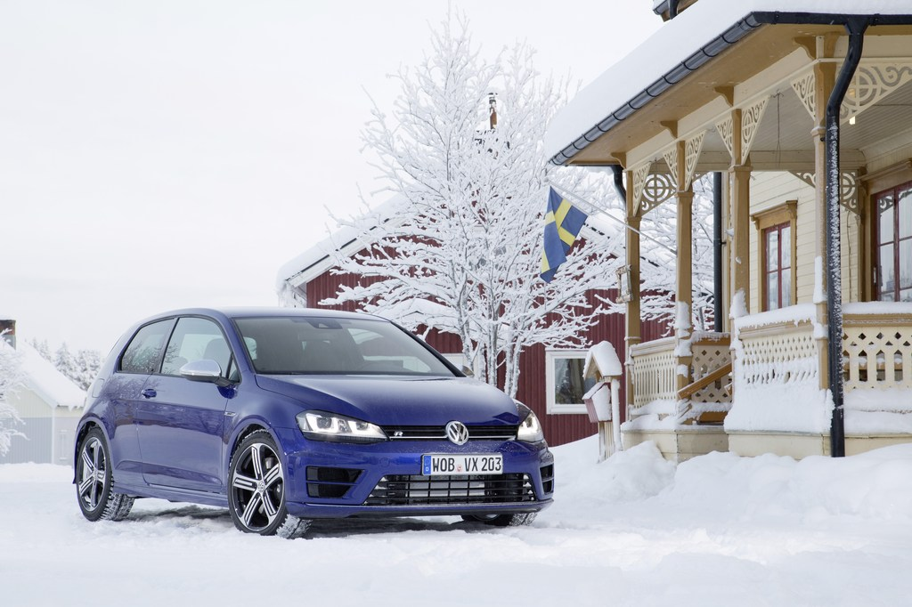 20443_VW_Golf_R_Icedrive_010