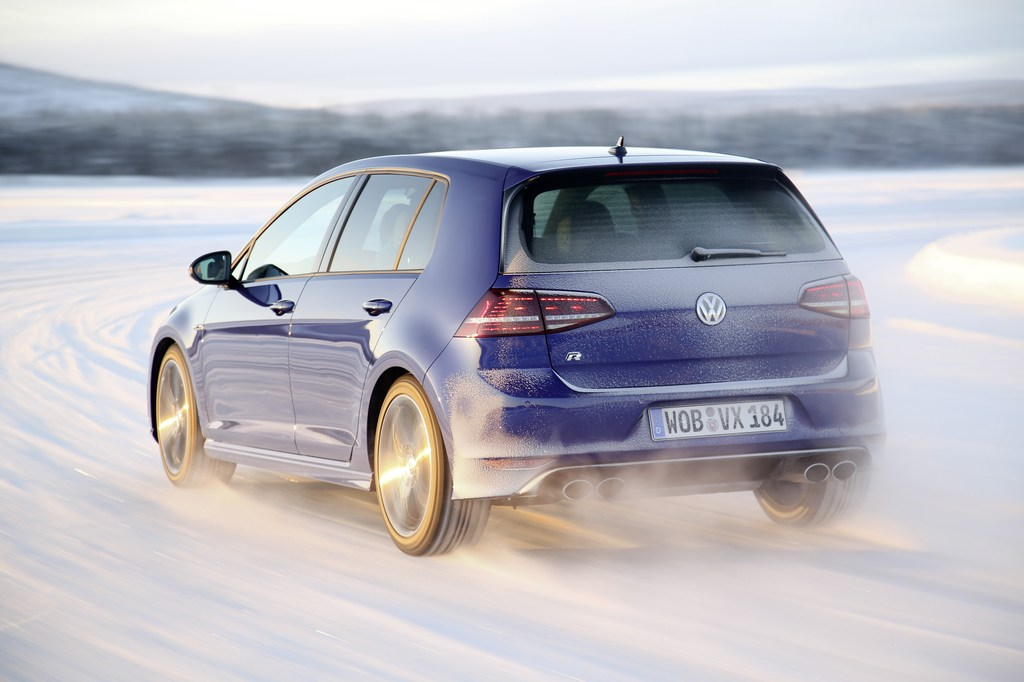 20447_VW_Golf_R_Icedrive_016