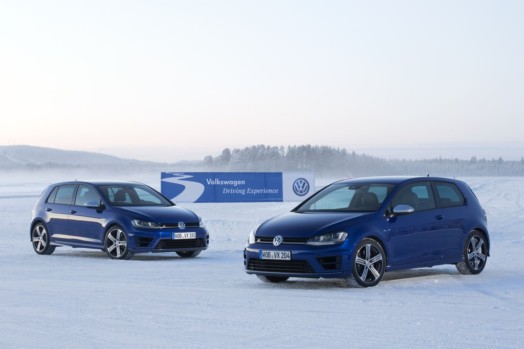 20463_VW_Golf_R_Icedrive_109