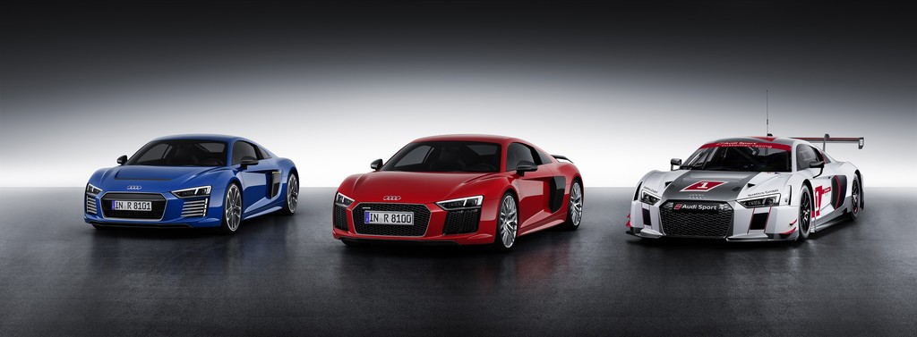 R8150125_medium_Audi R8 - Audi R8 V10 plus - Audi R8 LMS
