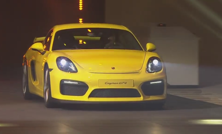 Photo de Video : Présentation de la Porsche Cayman GT4